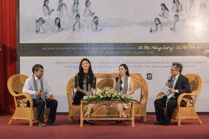 Hoa hậu Ngọc Hân, Á hậu Thanh Tú tâm đắc với những cuốn sách quý nền tảng đổi đời