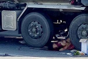 Xe bồn tông tử nạn 2 người đi xe máy