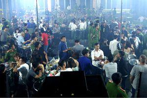Hàng chục thanh niên dương tính ma túy trong quán bar