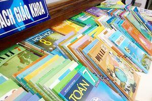 Bộ GD&ĐT kiểm tra việc in, phát hành sách giáo khoa