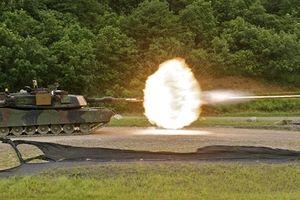 Ba lính tăng Mỹ thương nặng vì Abrams đâm vào tường