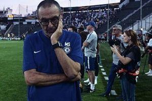 Chelsea giành 3 điểm nhưng Pedro chấn thương, HLV Sarri nói gì?