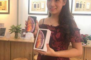 NÓNG: iPhone Xs Max Gold 256GB vừa về Hà Nội, giá 45,5 triệu đồng