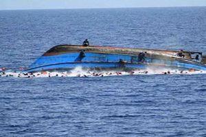 Hãi hùng cảnh chìm phà Tanzania, hàng trăm người có thể thiệt mạng