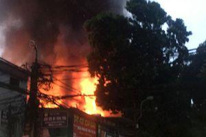 Nóng: Phát hiện xác chết khu nhà trọ ông Hiệp 'khùng' sau vụ cháy ở Đê La Thành