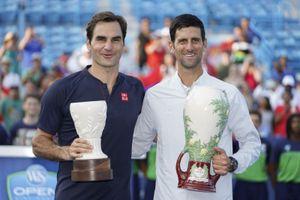 Sao quần vợt Federer, Djokovic và Isner chia sẻ kinh nghiệm làm bố