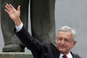 Trễ chuyến vì máy bay giá rẻ, tổng thống đắc cử Mexico vẫn quyết bán chuyên cơ