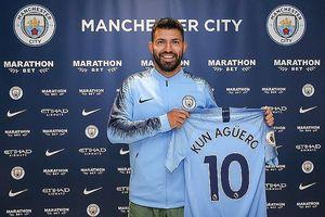 Man City 'trói chân' thành công Sergio Aguero