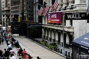 Dow Jones lập kỷ lục cao chưa từng có