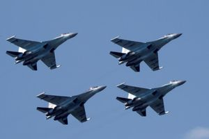 Mỹ trừng phạt Trung Quốc vì mua vũ khí Nga