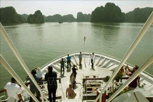 ASOSAI 14: Đoàn đại biểu các Cơ quan Kiểm toán tối cao châu Á tham quan Vịnh Hạ Long