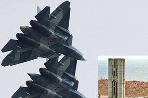 'Tự bắn vào chân mình', Israel cho Nga cái cớ hợp lý để mang 'siêu vũ khí' đến Syria?
