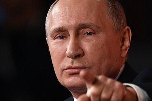 Phản ứng lạ thường của Tổng thống Putin sau vụ máy bay bị Syria bắn rơi