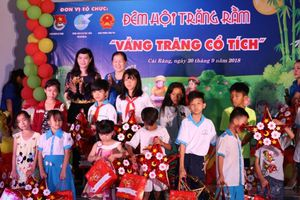 100 trẻ em khó khăn tại Cần Thơ được đón Trung thu ý nghĩa