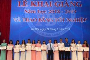 Trường Đại học Tài chính Ngân hàng Hà Nội khai giảng năm học mới