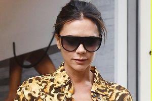 Victoria Beckham thanh lịch, tự tin sải bước trên đường phố London