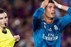 Ronaldo từng 11 lần 'dính' thẻ đỏ như thế nào?
