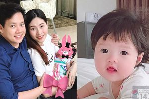 Lần đầu lộ ảnh cận mặt con gái cực đáng yêu của Hoa hậu Đặng Thu Thảo