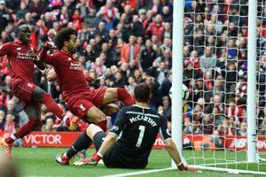 Man City thắng chủ nhà Cardiff 5-0, Liverpool đánh bại Southampton 3-0
