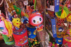 Đồ chơi trung thu Trung Quốc tràn ngập phố cổ Hà Nội