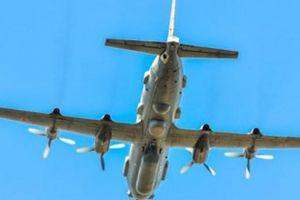 Israel: Syria bắn 20 tên lửa vào trinh sát cơ Il-20 Nga