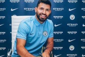 Man City 'trói chân sát thủ' Aguero thêm 3 năm