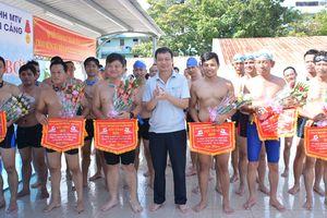Công ty Hoa tiêu Tân Cảng tổ chức Hội thao Bơi lội