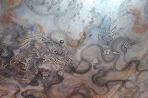 Tìm cách bảo tồn tranh rồng trên trần chùa Diệu Đế