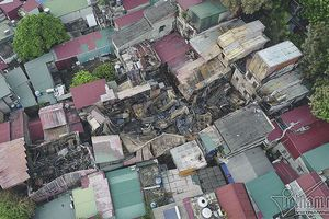 Tìm được danh tính 2 thi thể trong đống đổ nát vụ cháy gần Viện Nhi?
