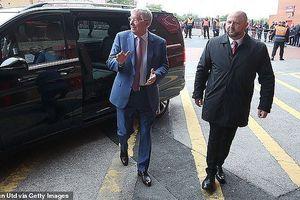 Sir Alex Ferguson trở lại M.U lần đầu tiên sau tai biến