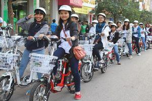 Phát động 'Tháng hành động an toàn giao thông' trong học sinh, sinh viên