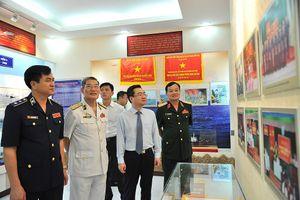 Bộ Tư lệnh Vùng Cảnh sát biển 4 nhận Huân chương Bảo vệ Tổ quốc hạng ba