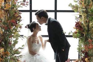 Hot: Lần đầu lộ ảnh cưới Trường Giang - Nhã Phương cùng dàn khách mời siêu khủng