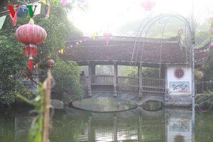 Ngắm vẻ đẹp của cây cầu ngói Bình Vọng đặc trưng của làng quê Bắc Bộ