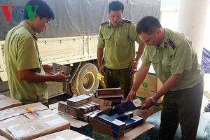 Bắt lô hàng lậu giá trị lớn tại Quảng Bình