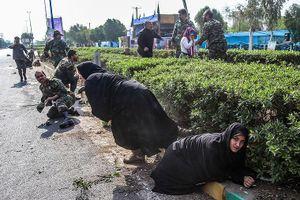Iran đồng loạt triệu Đại sứ 3 nước châu Âu sau vụ xả súng vào đoàn người diễu binh