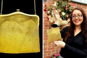 Người phụ nữ phát hiện chiếc túi bị bỏ xó hóa ra bằng vàng