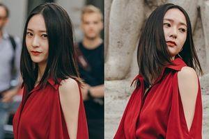 Krystal 'đốt cháy' Tuần lễ thời trang Milan với váy đỏ rực