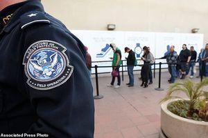 Mỹ tìm cách cắt giảm người nhập cư tiêu tốn phúc lợi xã hội