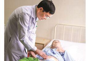 Phẫu thuật cấp cứu thành công cho cụ ông 101 tuổi