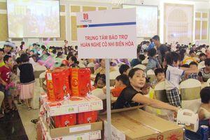 Trao hơn 1.000 suất quà Trung thu cho trẻ em mồ côi và khuyết tật