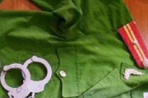 Điều tra cựu thanh tra giao thông giả danh công an, nhận 'chạy' việc