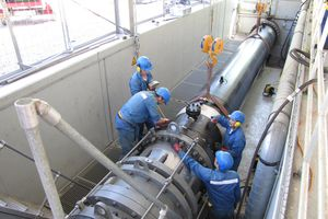 Áo: Dùng ống dẫn dầu để sản xuất điện