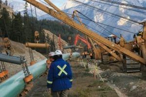 Chính phủ Canada muốn khởi động lại dự án đường ống dẫn dầu gây tranh cãi