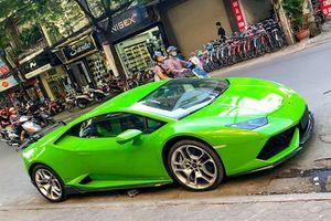 Nữ đại gia đất Cảng tậu siêu xe Lamborghini Huracan xanh lá giá khoảng 17 tỷ đồng