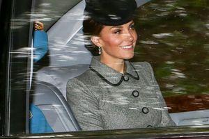 Câu chuyện đằng sau những bộ trang sức của các công nương Hoàng gia Anh