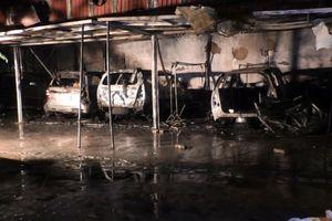 Đà Nẵng: Gara bốc cháy trong đêm, nhiều ô tô bị thiêu rụi