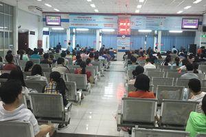 Cách mua vé tàu Tết trực tiếp tại ga không phải chờ đợi
