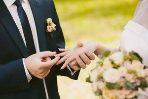 Kết hôn vào ngày lễ có được nghỉ bù không?