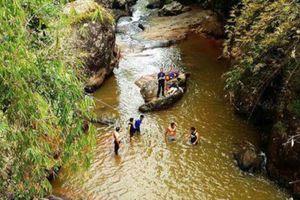 Nhảy thác mạo hiểm ở Đà Lạt, du khách Hàn Quốc tử nạn